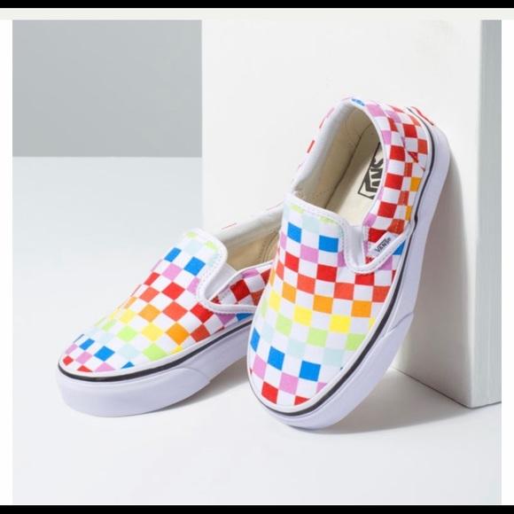 girls checkered vans size 4